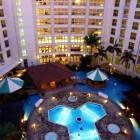 沖縄 本島 かりゆしビーチリゾート・オーシャンスパ ホテル内プール