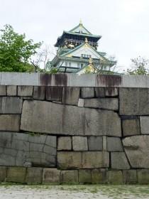 大阪城(結構見える)